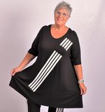 T-shirt zwart met witte streepprint A-lijn korte mouw, V-hals_