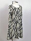 Jurk /lange tuniek Thom B zwart/wit print,  A-lijn met lange mouw, ronde hals_