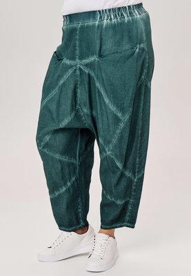 ..Broek, haremmodel, Kekoo, emeraldgroen stone washed, rekbare taille, mooie zakken op taillehoogte, diagonale naden