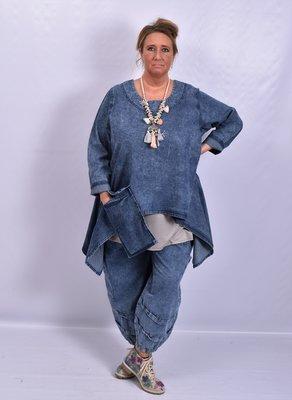 .Tuniek, la Bass jeansblauw stone washed, grote A-lijn, grote zak, asymmetrisch met punten aan zijkant