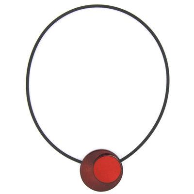 Ketting, rood-, met ronde beschilderde schelp, magneetsluiting