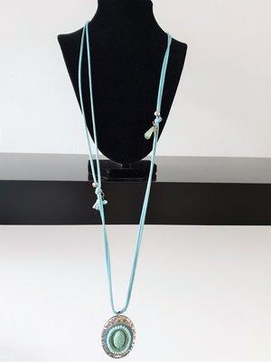 ketting, lichtblauw, met medaillon