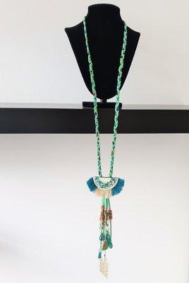 ketting, blauw/groen met steen en kralen