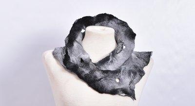 sjaal, zwart/grijs, vilt, handgemaakt