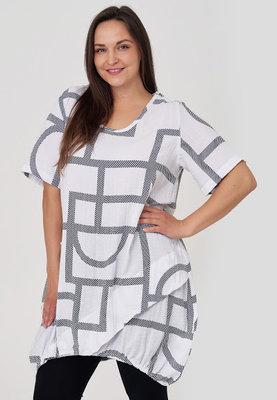 Tuniek / jurk, wit met print, Kekoo, ronde hals, korte mouwen, zak op voorpand, elastiek in de onderrand