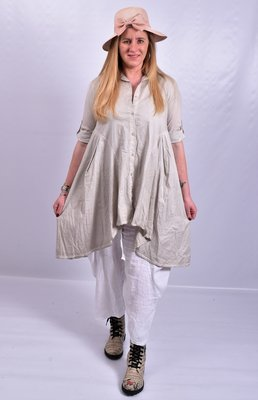 Moonshine blouse, zand, stonewashed, knoopsluiting, kraag en oprolbare mouw, a-lijn