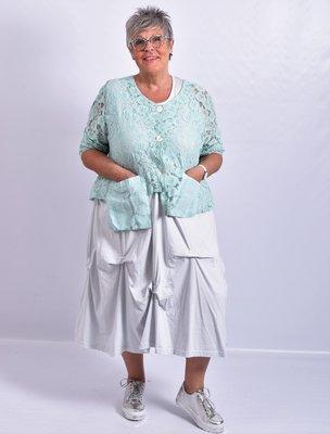 Jasje/blouse, mint, kant, asymmetrisch, zakken op voorpand, lange mouwen