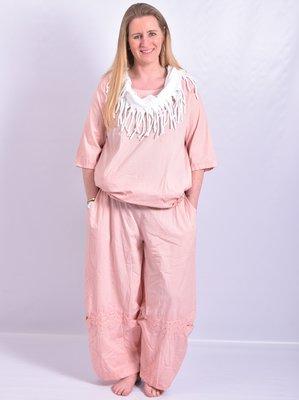 Broek, licht  roze, Moonshine, ballonmodel met leuke details  op voorkant