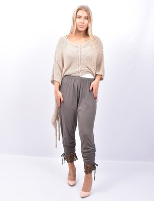 Legging. Super mooie bruin kleurige legging met kant.
