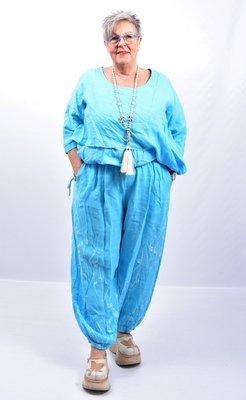 Broek, aquablauw wijd model, steekzakken, rekbare taille, 100 % linnen, elastische zoom,