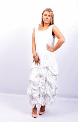 Jurk, wit lange tricot jurk met ingestikte ophaaltjes, zonder mouw, in lengte verstelbaar