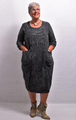 Jurk, zwart, stonewashed, ronde hals, lange mouwen met ophaaltjes, 100 % katoen,