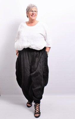 Broek, La Bass, ballonmodel, zwart, rekbare taille, steekzakken, 2 zakken achter