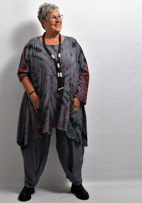 Shirt, grijs, lange mouw, tie & dye, La-Bass, asymmetrisch, aparte zakken