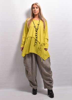 Tuniek, mosterd geel, A-lijn ronde hals, lange mouw, asymmetrisch, met strikdetails