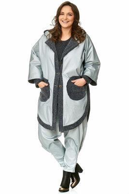 Poncho jas zilver / grijs  met knoopsluiting en ronde zakken ,Kekoo exclusive