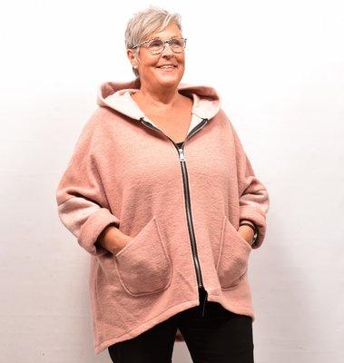 Jas/ Vest, roze zakken op voorpand, capuchon