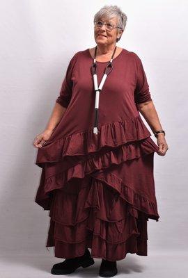 Tuniek/shirt, bordeaux rood , wijd model, schuine gerimpelde stroken onderaan