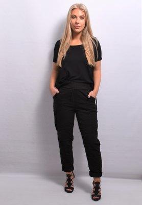 Stretchbroek, zwart, rekbare taille, gekreukte stof, zakken