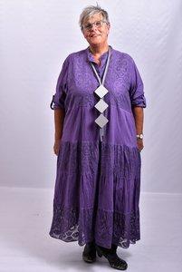 Lange jurk, paars, lange mouw, knoopsluiting, gecrasht tricot met kant, A-lijn