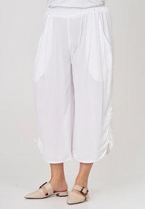 Broek, wijd model, Kekoo, wit , elastische taille, 7/8ste lengte, ophaaltjes aan de zijkant