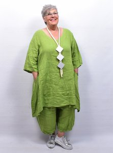 Tuniek,/ jurk linnen, limegroen,  A-lijn, V-hals, 7/8 mouw, met zakken in zijnaad