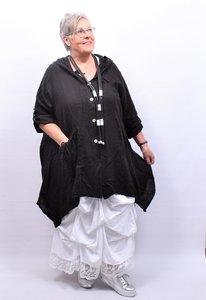 Mantel/jas half lang zwart, knoopsluiting, grote  zak , capuchon. A-lijn