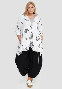 Jasje/vest, 7/8stemouw, wit met zwarte letter print, Kekoo, asymmetrische zoom, knoopsluiting
