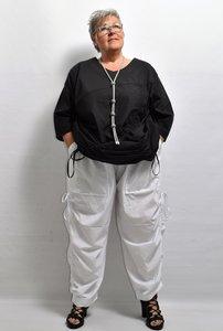Broek, La Bass, wit, rekbare taille, zakken, lintjes aan de zijkant